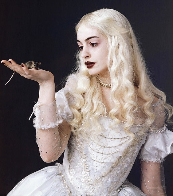 Image result for alice in wonderland tim burton the white queen